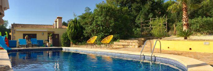 Willkommen bei der Finca Mallorca Ca´n Bini. Unser Herzstück – der Pool!